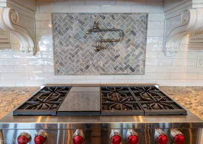 Kitchen by Preissless Design - Photo by Solia Media